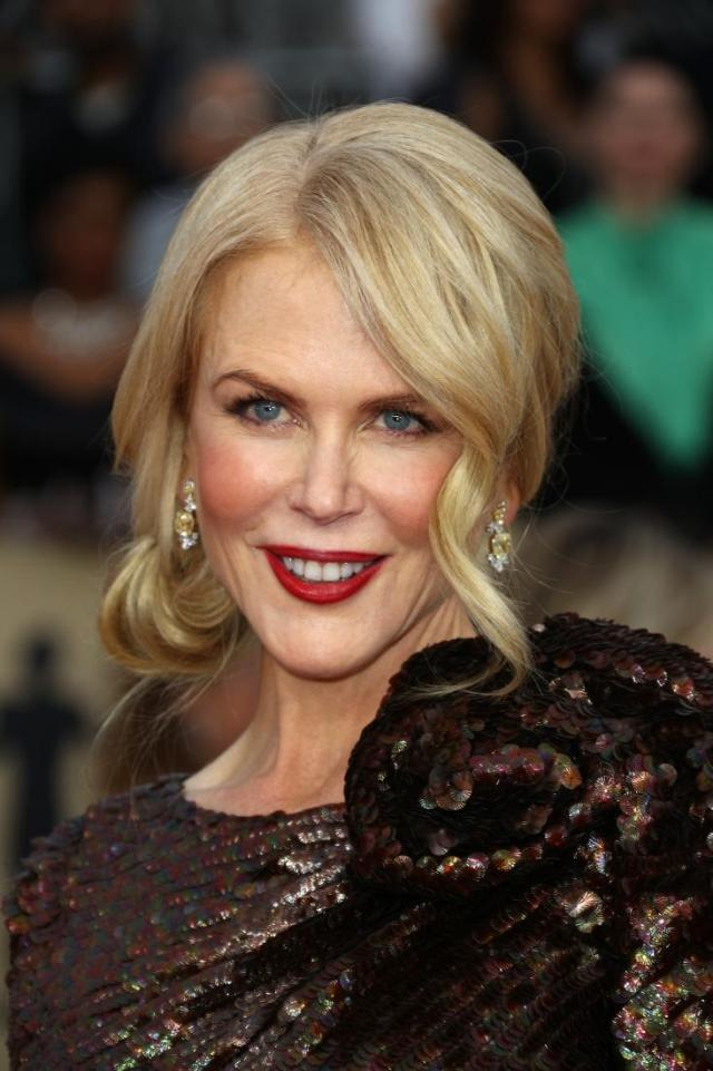 Nicole Kidman red carpet SAG Awards 4Chion Lifestyle a