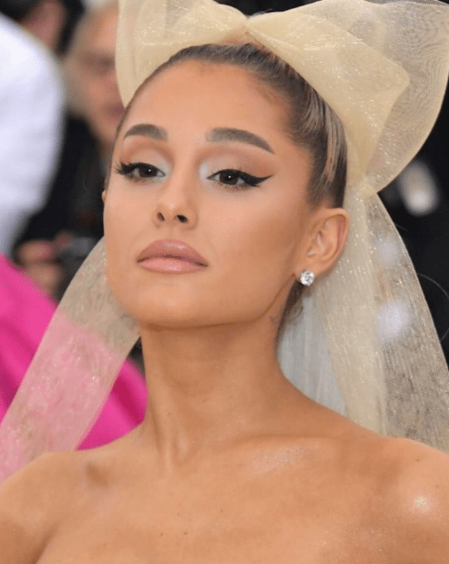 Ariana Grande Met Gala 4chion Lifestyle c