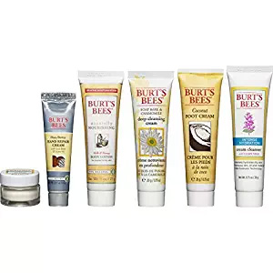 Burt's Bees Fabulous Mini's Travel Set Amazon Holiday Ad 4chion Lifestyle