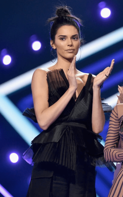 People's Choice Awards 4chion Lifestyle Kendall Jenner