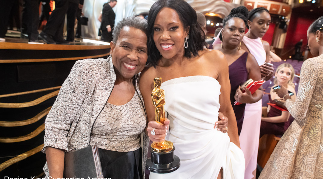 Regina King, Oscar® winner, poses with her mother Oscar Winner 4chion lifestyle