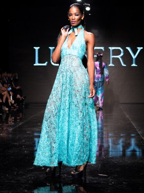 adonis-king-lian-showcase-art-hearts-fashion-4chion-lifestyle-12015