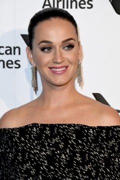 katy-perry-capital-records-4chion-lifestyle-4