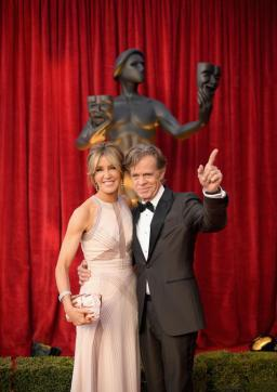 Felicity Huffman and William H. Macy SAG Awards red carpet 4Chion Lifestyle