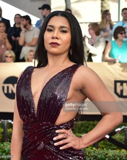 jessica-pimentel-sag-awards-red-carpet-4chion-lifestyle