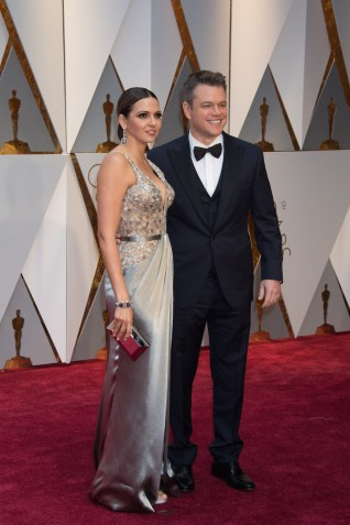 Matt Damon, Oscar® nominee, arrives with Luciana Barroso on the red carpet of The 89th Oscars® at the Dolby® Theatre in Hollywood, CA on Sunday, February 26, 2017.