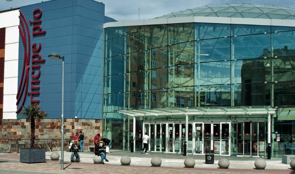 Centro Comercial Príncipe Pío (Madrid)