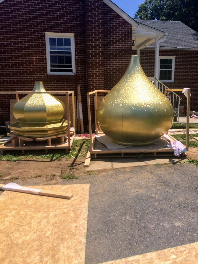 Delivery of the roof domes — New Building Project