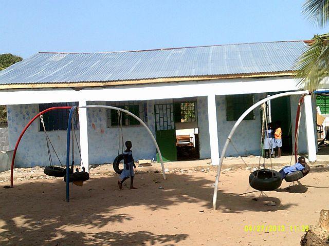 kleuterschool Batokunku Gambia