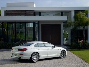 P90169516_lowRes_the-new-bmw-6-series