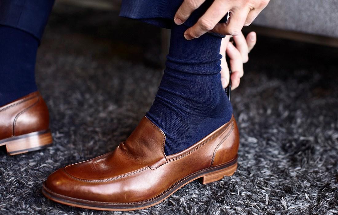 5b28adb54c6f9 Jak łączyć kolor butów z kolorem naszego garnituru czy spodni? - For ...