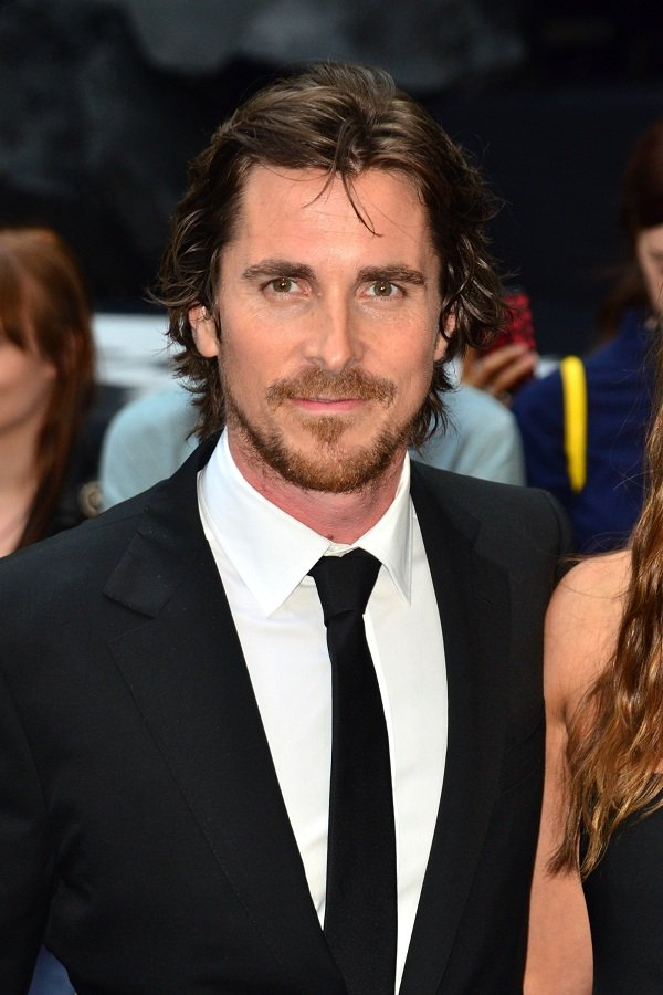 christian_bale_white_shirt_bla