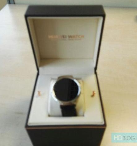 Box-for-Huawei-Watch-leaks.jpg-5