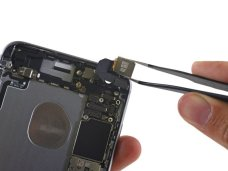 Apple-iPhone-6s-Plus-teardown-17
