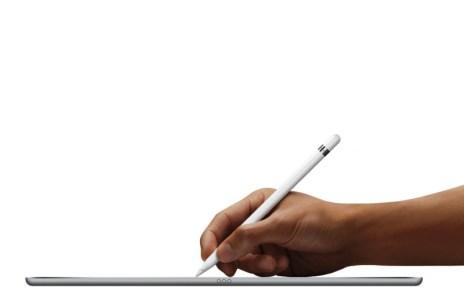 iPadPro_Pencil-Hand-PRINT