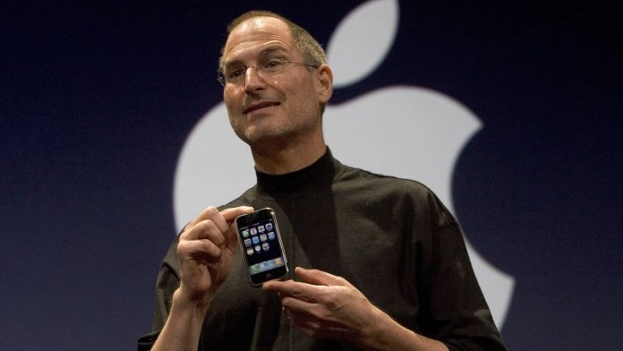 Steve Jobs e o primeiro iPhone