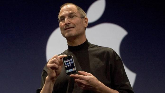 Steve Jobs e o primeiro iPhone