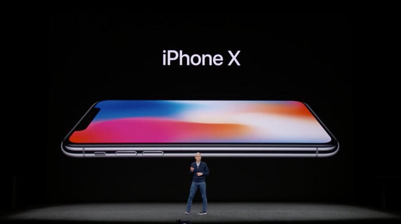 Novos iPhones chegam às lojas da Apple, mas filas decepcionam