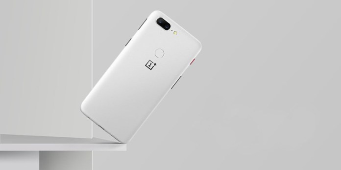 próximo OnePlus 6 OnePlus 5T SandStone White Android