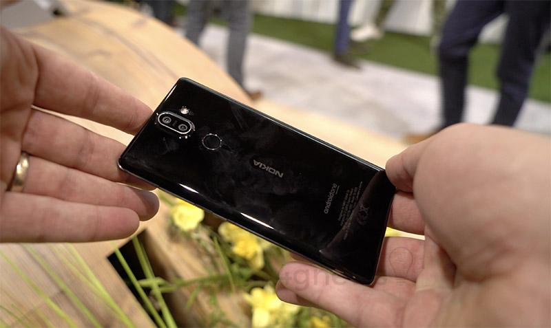 Quando o telemóvel é uma banana — Nokia