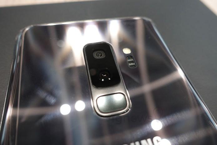 Google Pixel 2 Samsung Galaxy S9 Galaxy S10 Galaxy X