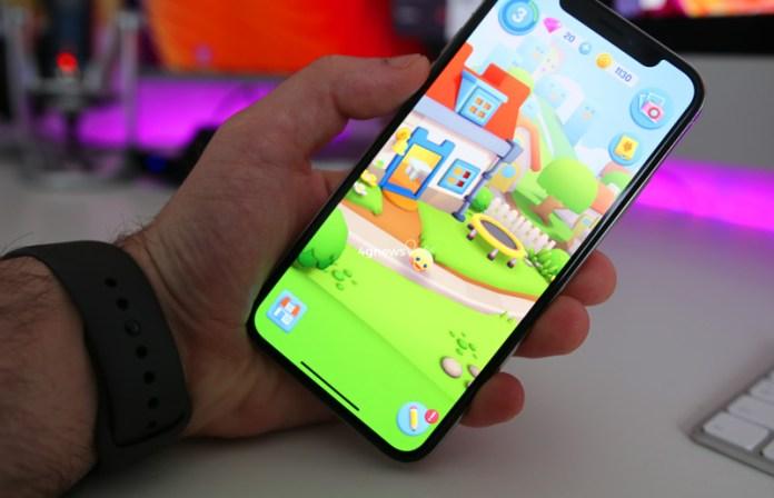 """O """"Tamagotchi"""" chegou à Google Play Store Android e Apple App Store"""