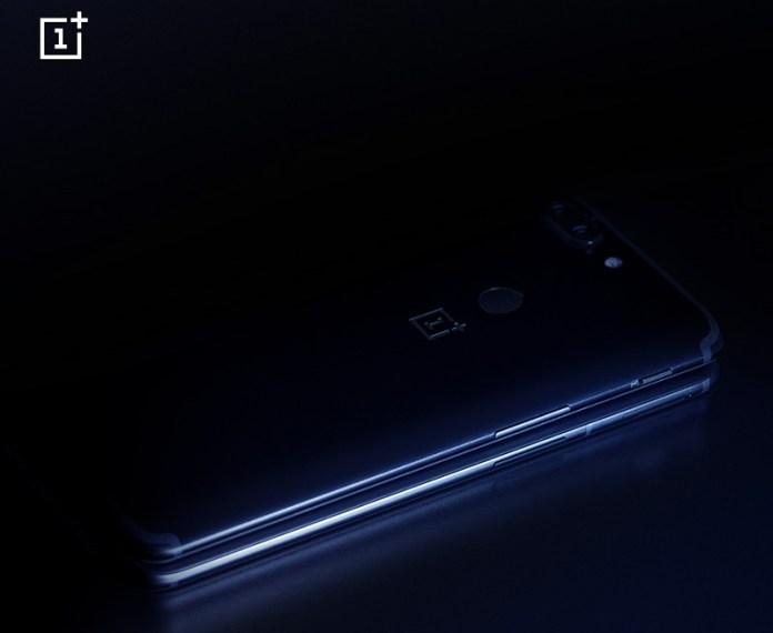 OnePlus 6 OnePlus 5T design