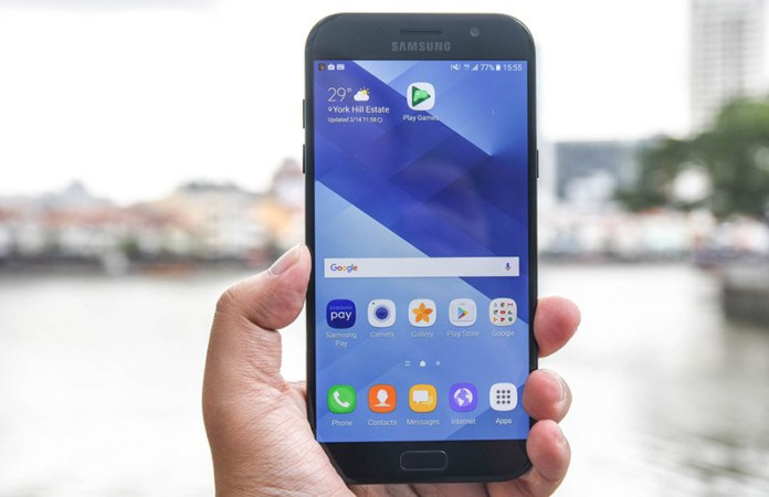 Samsung Galaxy A7 (2017) Android Oreo