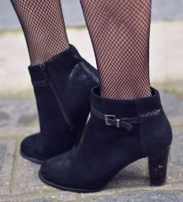 bottines-et-collants-resille-blogueuse-mode-paris