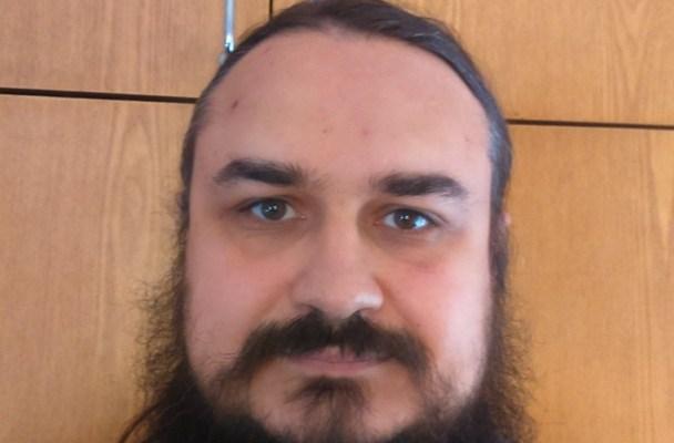 Виктор Максименков