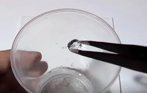 кристалл из лимонной кислоты