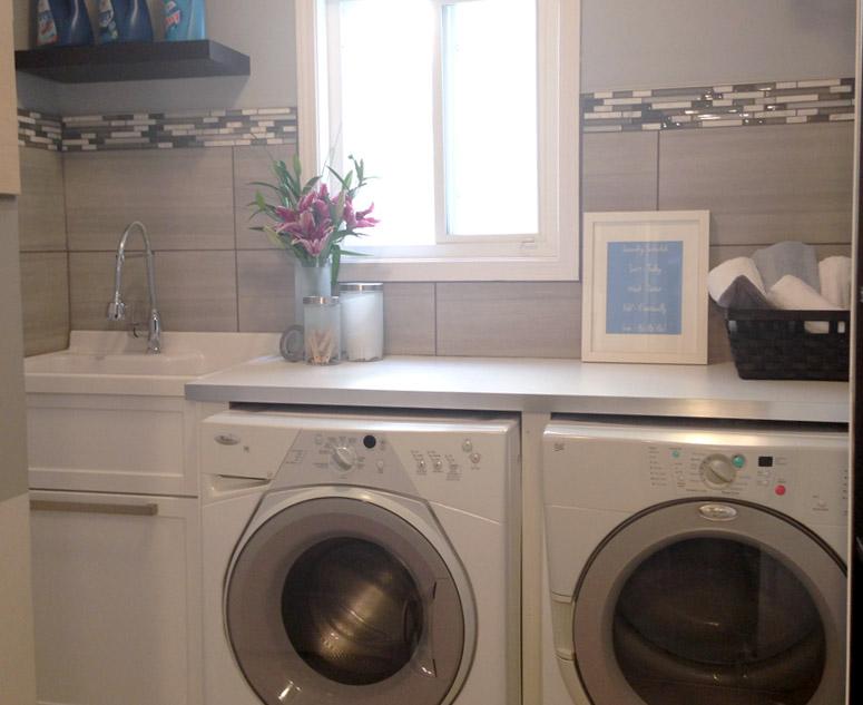 Project Santa: Laundry Room Reveal