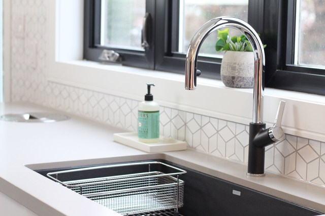 The Dreamhouse Project - Dream Kitchen Reveal featuring BLANCO Urbena faucet in Anthracite
