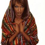 イスラム社会とクリトリドクトミー(クリトリス削除術)ファッションモデル、ワリス・ディリーとフラワーデザート