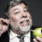 Apple EarPodsとLightningヘッドフォン ウォズニアックも反対iPhone 7のイヤフォンジャック廃止