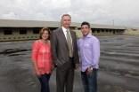Pastor angel Molina su esposa y David Lisonbe de 4life Research by 4life Nicaragua