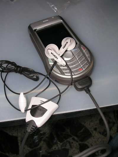 auricolarinokia6630 - Nokia 6630: Convenienza e qualità