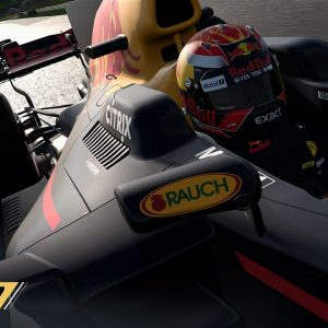 5 300x300 - Recensione F1 2017