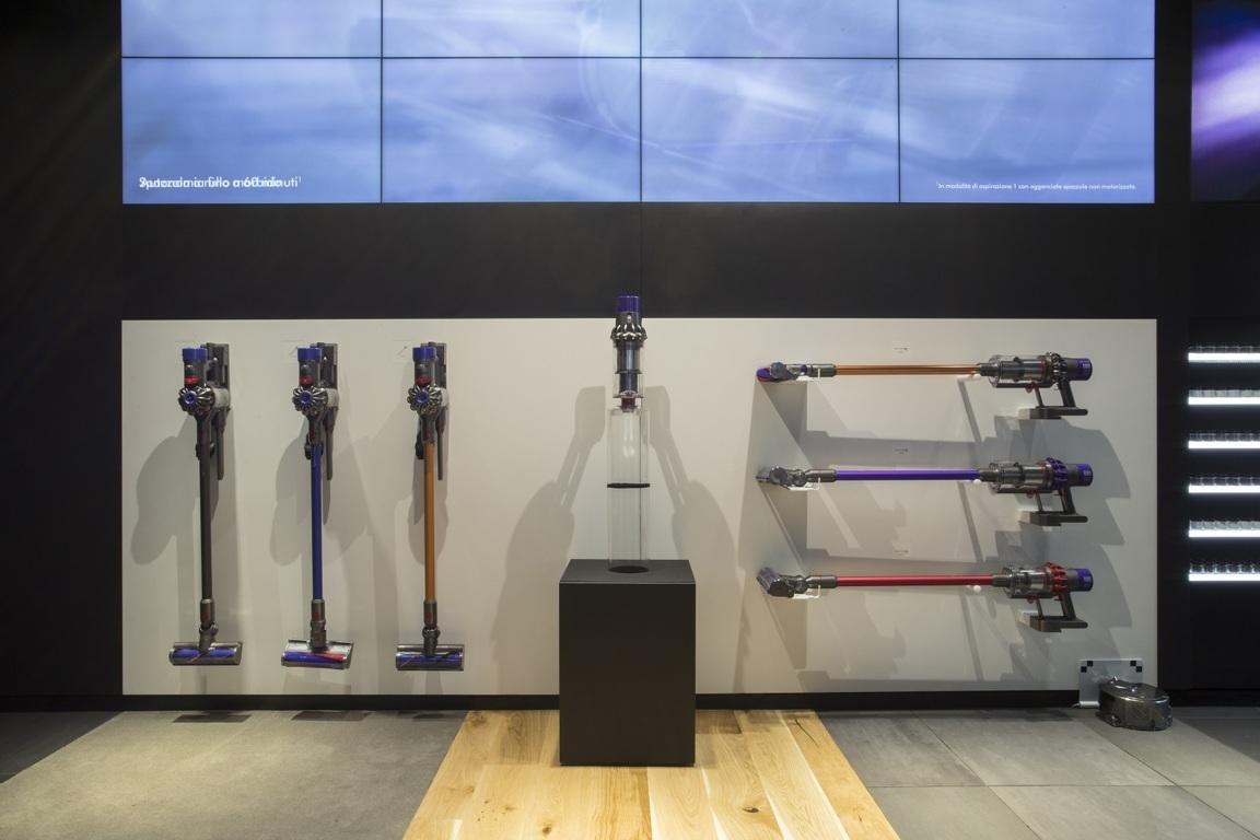 Dyson Demo Store 1 FILEminimizer - Parola d'ordine: esperienza. Apre a Milano il primo Dyson Demo Store italiano