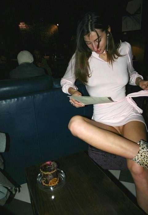 Elles Ne Portent Pas De Culotte : elles, portent, culotte, Elles, Portent, Culotte, Quand, Sortent, Public, Salopes, 4plaisir.com