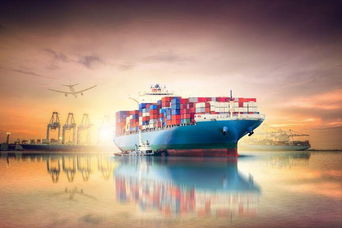 Schiff zum Transport