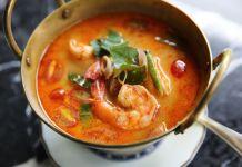 Thailändische Tom Yam Gung Suppe