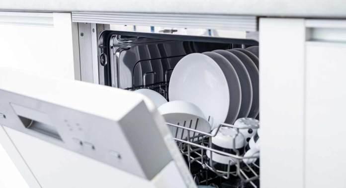 wasserverbrauch wie viel wasser wir nutzen und wo wir sparen k nnen. Black Bedroom Furniture Sets. Home Design Ideas