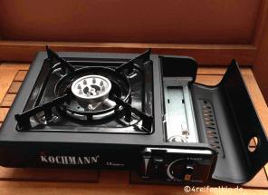 gaskartuschenkocher-kochmann-geöffneter Kartuschendeckel