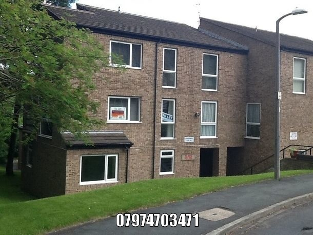 To rent apartment Bradford, 2 beds 390 PCM. Private