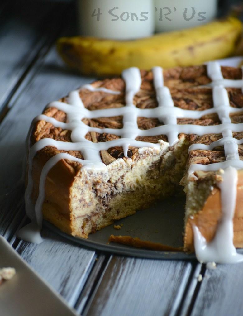 Cinnamon Roll Cheesecake 5