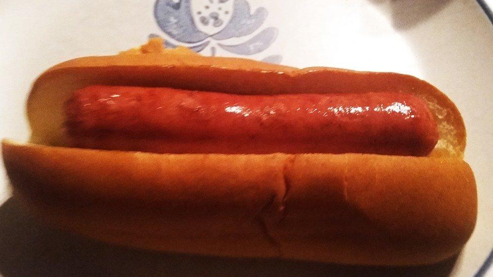 Dietz & Watson Black Angus Hotdog in bun plain