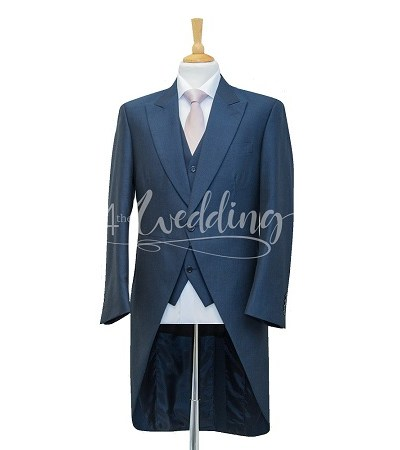 Navy blue full suit tailcoat with a light pink tie on a manikin wearing a white shirt 2