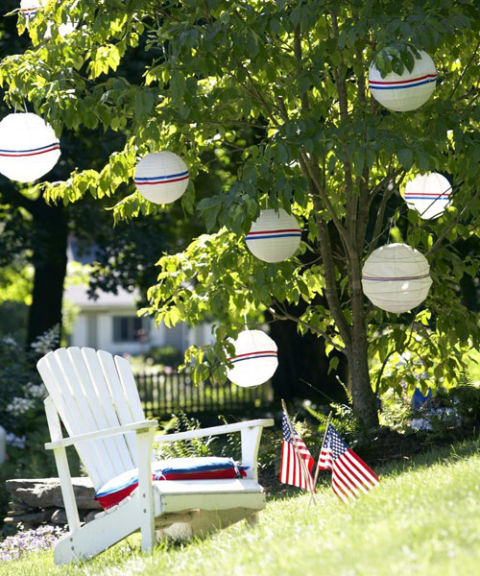 Fourth of July Decorations – Striped Lanterns