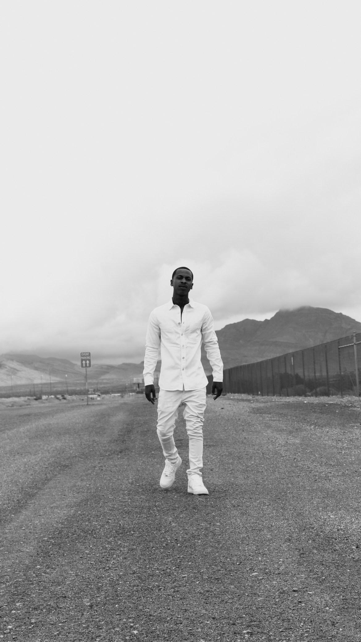 "Emone Quadeem Brings Precise Flows to ""Get It Straight"" Video"